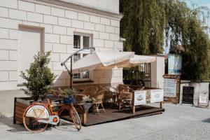 Ogródek Galerii Cafe w Wadowicach